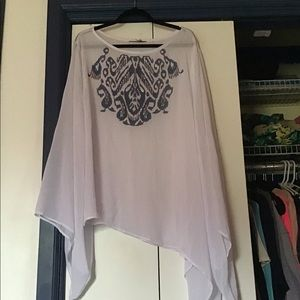 Flowy cover up top